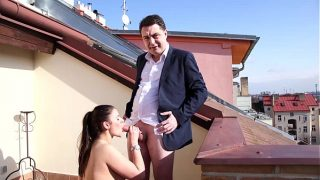 Public MILF Get Blowjob on the Roof of the House